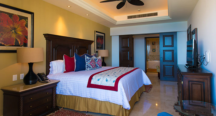 presidential-suite-in-grand-solmar-lands-end-resort-spa-th